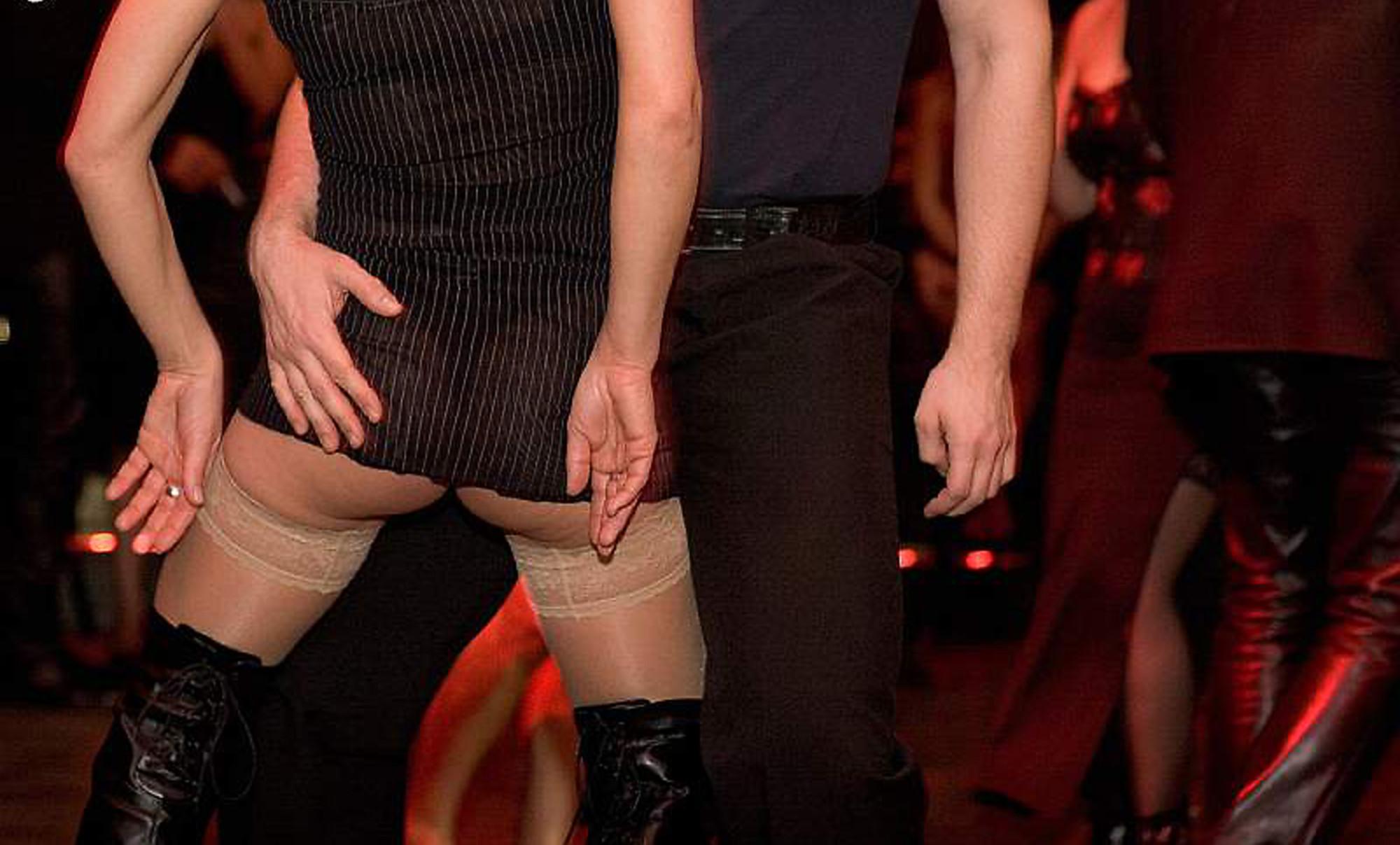 Tanzende - Foto Karl Zeiss